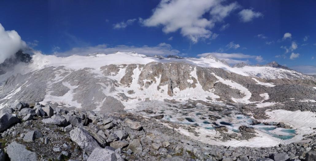 Rifugio Caré Alto - Panorama sul ghiacciaio
